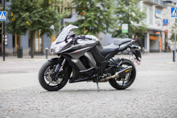Motorcykel Kawasaki Z 1000